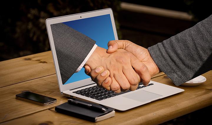 handshake-3382504.jpg